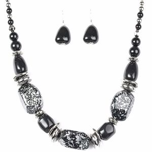 Free with Bundle In Good Glazes Black Necklace